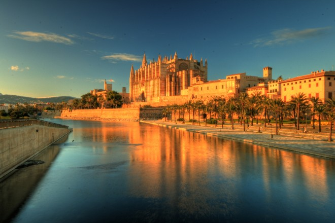 Travel from Barcelona Weekend Trip: Mallorca Image